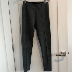 Beautiful fit grey and white Zara leggings